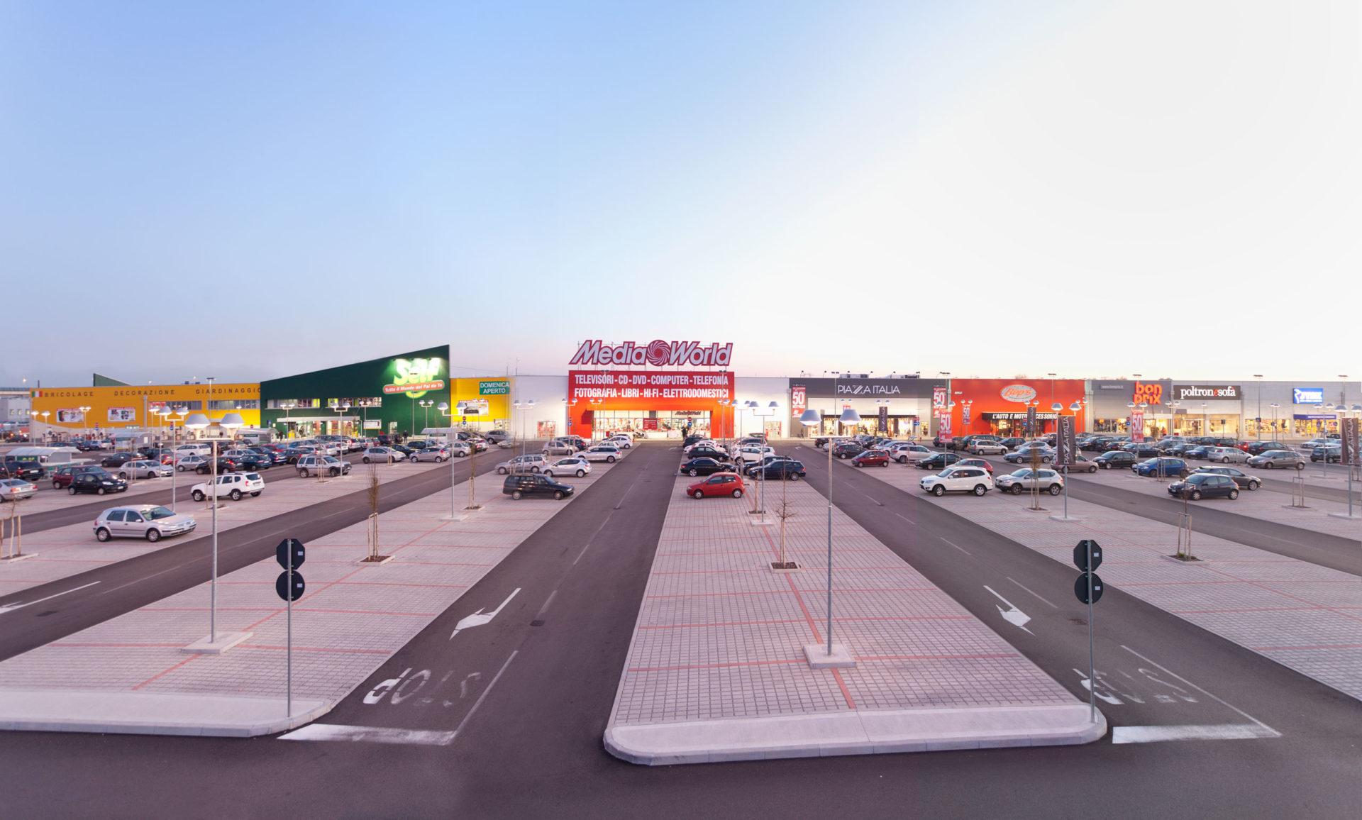 Shopping Center <br>Eagle